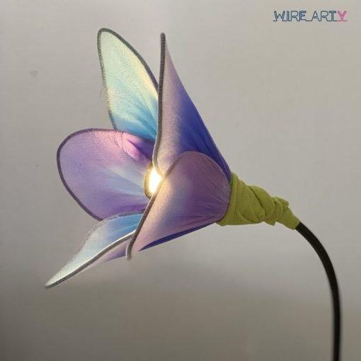 מנורת פרח אמנותית